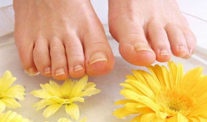 Blanquear las uñas de los pies con remedios caseros