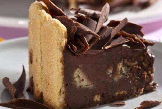 Charlotte de chocolate