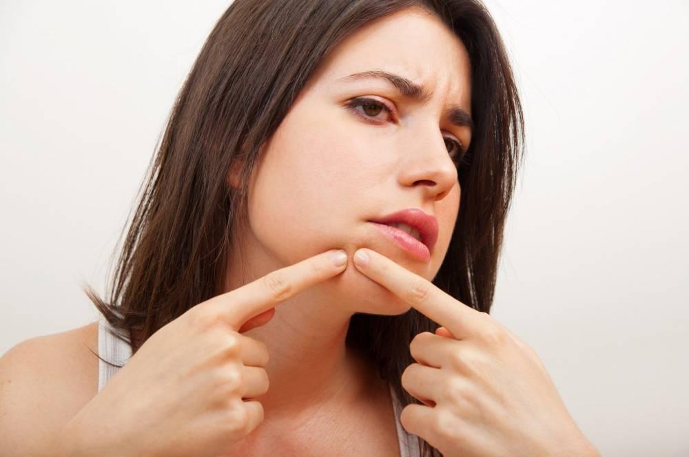 Cómo hacer una limpieza facial en casa paso a paso