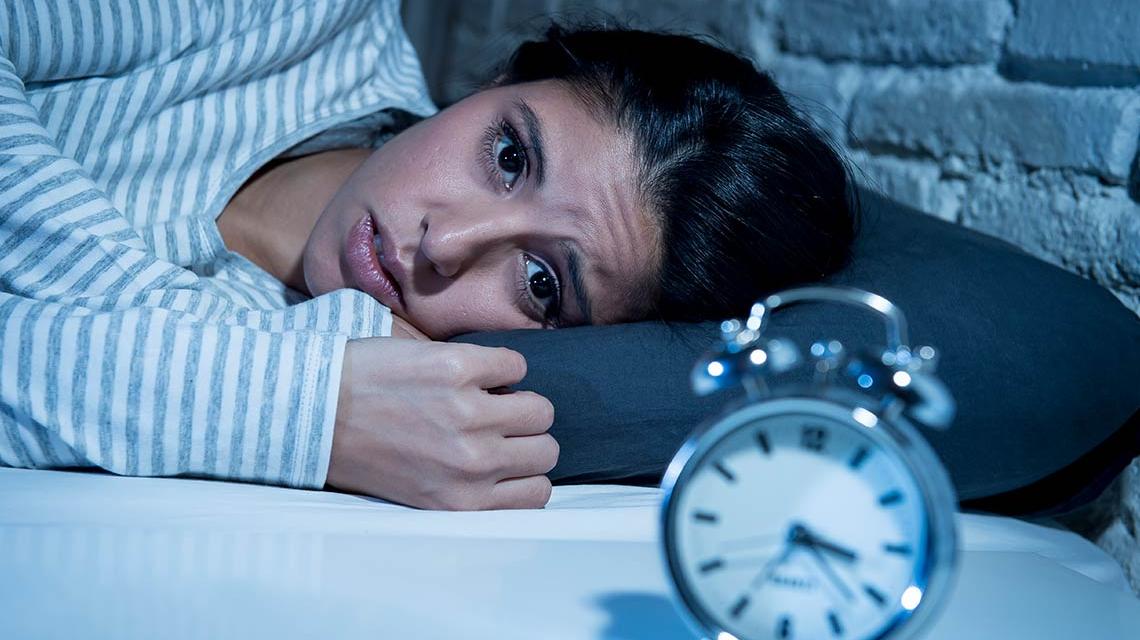 Conoce las alternativas para hacerle frente al insomnio