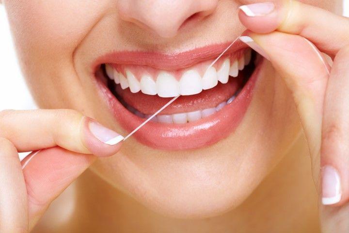 El hilo dental, el mejor aliado después de tu dentista en Toledo