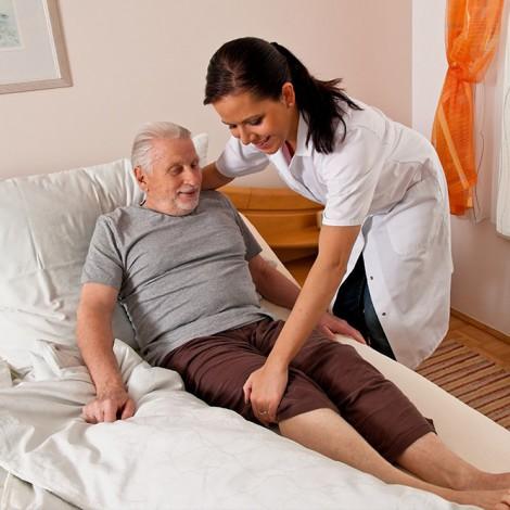 Fórmate y garantiza una mejor atención a los ancianos