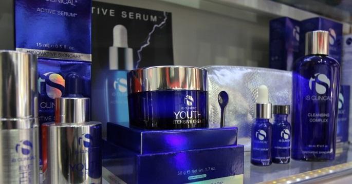 Productos para el cuidado de la piel y anti-envejecimiento de calidad